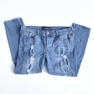 Hollister Vintage Boyfriend Jeans Size 29
